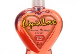 LIQUID LOVE WARMING MASSAGE OIL PASSION FRUIT